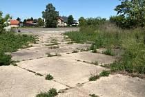 Úřad prodal pozemky v Libochovicích
