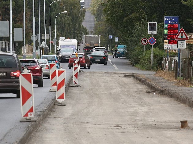 Opravy silnic v Litoměřicích, ilustrační foto.