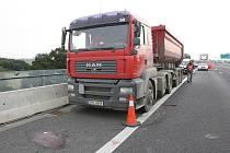 Smrtelná nehoda na dálnici D8.