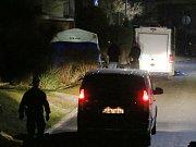 Ve čtvrtek večer se stala tragická událost v Litoměřicích ve Vrchlického ulici. Pravděpodobně došlo k sebevraždě skokem z panelového domu.