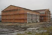 Výstavba hasičské zbrojnice v Lovosicích pokračuje