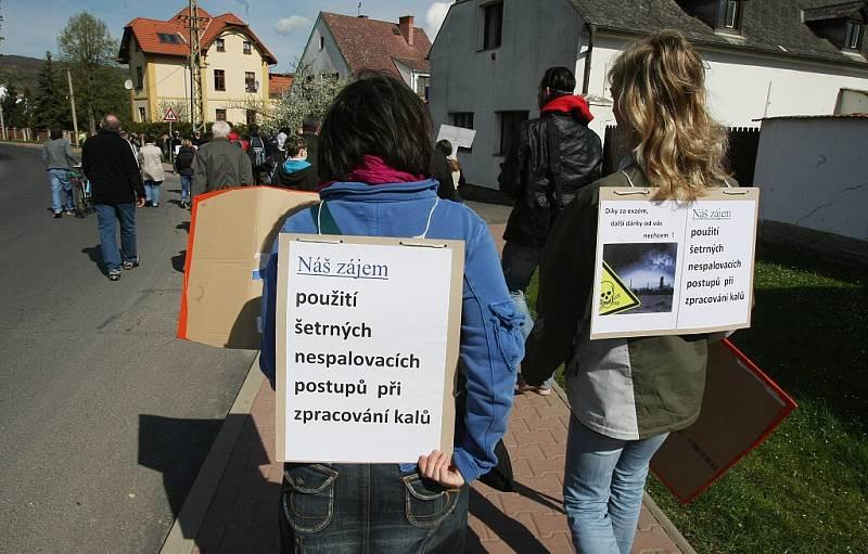 Protestní akce proti kalům.