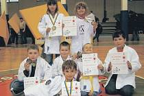 Reprezentanti Judoklubu Litokan a DDM Rozmarýn.