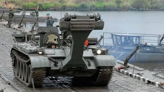 Vojenské cvičení v Litoměřicích