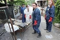 Dobrovolníci při povodni, ilustrační foto.
