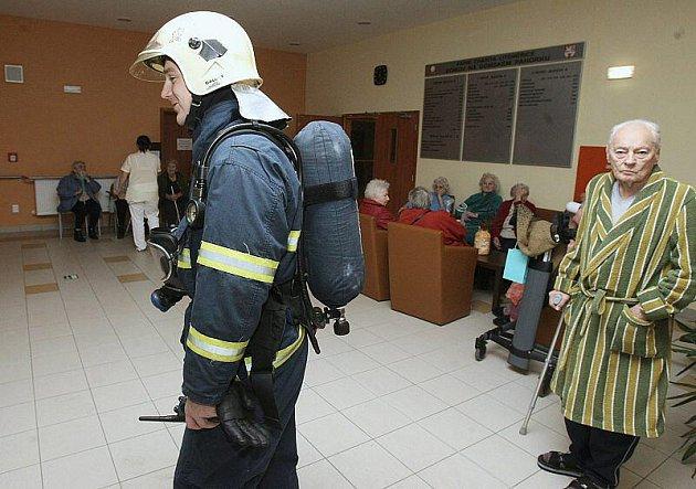 Falešný požární poplach v Domově důchodců v Litoměřicích.