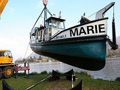 Výletní loď Marie bude jezdit na píšťanskou pískovnu