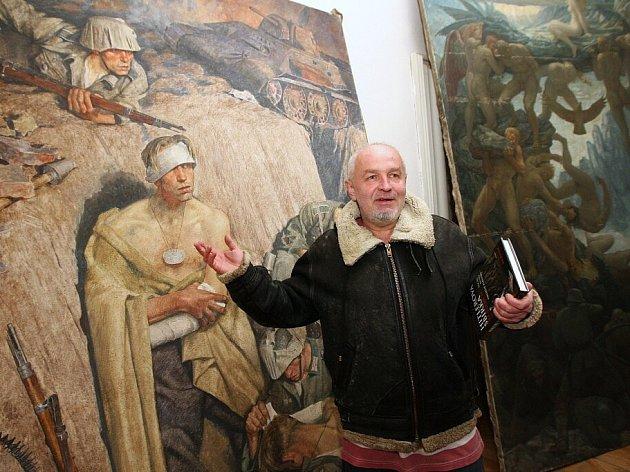 Část sbírky obrazů A. Hitlera objevená v Doksanech.