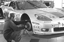 Vedení roudnického týmu MM Racing si v minulé sezoně pochvalovalo i práci mechaniků. Jedním z nich byl také Lukáš Karhan.