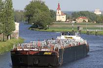 Obří tanker Christoph proplul regionem