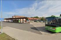 Současné autobusové nádraží nebylo během uplynulých 50 let dokončeno do projektovaného stavu.