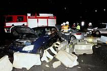 Vážná dopravní nehoda v Lovosicích, pondělí 9.1.2012.