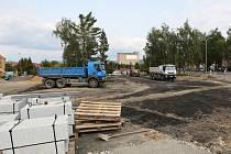 Rekonstrukce autobusového nádraží pokračuje v termínu.