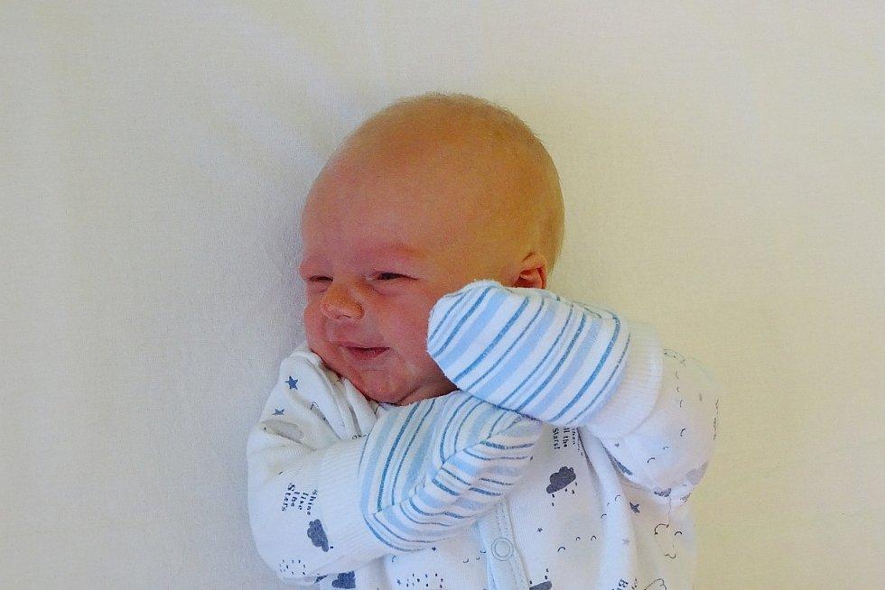Tomáš Symon se narodil Nikole a Tomáši Symonovým z Lovosic 13. ledna v 18.19 hodin v Litoměřicích (49 cm a 3,04 kg).