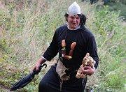 45. ročník tradiční neckyády v Břežanech