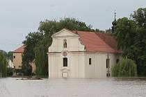 Kostel v Křešicích, 4. června 2013.