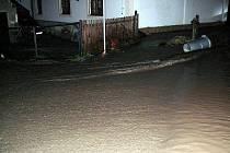 Povodeň v Býčkovicích - 16. srpna 2010 mezi 2.15 a 2.40 hodin.