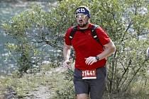 Lukáš Veselý připravuje se svým týmem dvě trailové běžecké trasy v Českém středohoří.