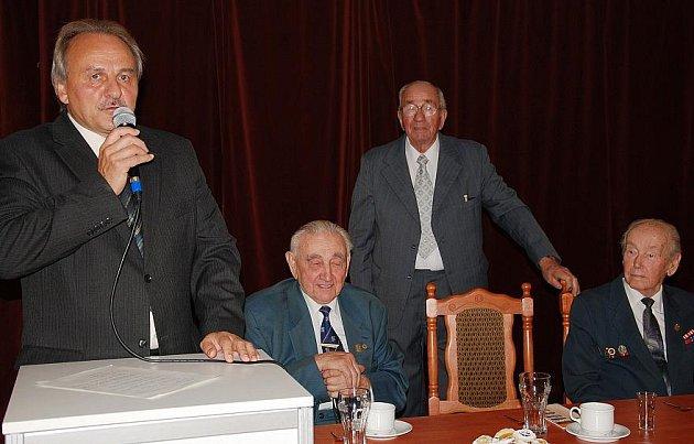 Volyňští Češi slavili posvícení. Účasten byl i starosta Litoměřic Ladislav Chlupáč.