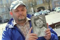 Lubomír Zemanec z Roudnice nad Labem byl přítelem herečky Aťky Janouškové. Ještě před jejím skonem spolu vydali knihu a jejím životě.