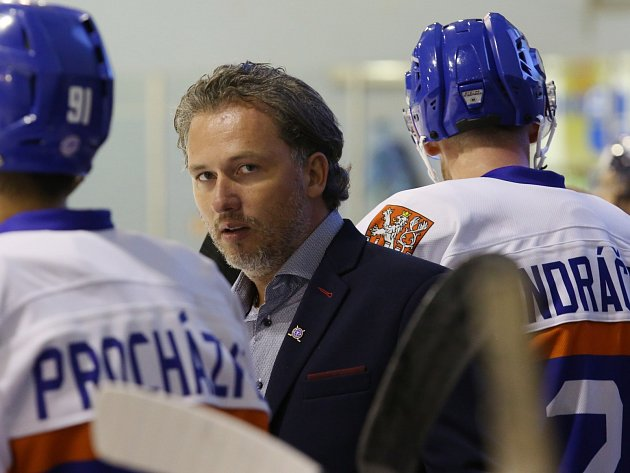 Trenér HC Stadion Litoměřice Miloš Říha.