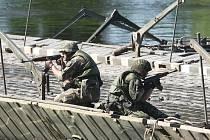 Armádní cvičení v Litoměřicích.