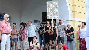 Litoměřičtí opět protestovali proti Babišovi