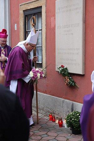 Na místo přijel ilitoměřický biskup Jan Baxant