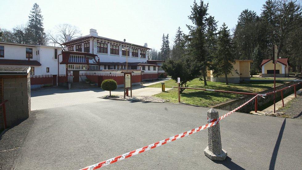 Resort Lázně Mšené osiřel. Poslední pacienti ho opustili v polovině týdne.