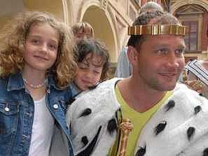 Hokejista Jiří Šlégr byl v Libochovicích korunován na krále Severního království
