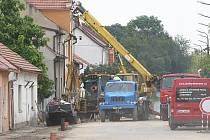 ROZKOPANÁ Havlíčkova ulice v Libochovicích má být uzavřena až do konce září.