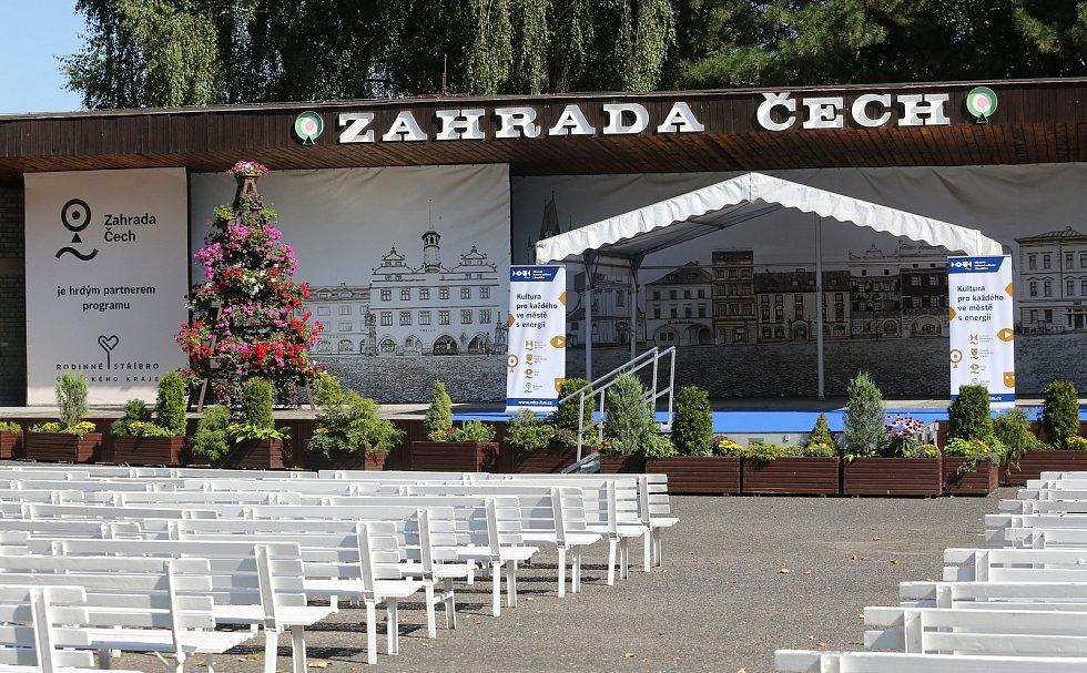 Začíná Zahrada Čech. Veletrh láká na tradiční zboží i novinky.