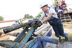 Na geotermálním vrtu v Litoměřicích zahájila odborná firma práce na jeho čištění
