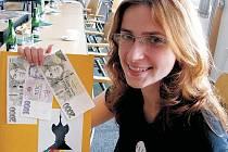 ÚSPĚCH A SPOKOJENOST. Martina Leníková z Litoměřic, jež studuje Pedagogickou fakultu Univerzity Karlovy,  získala z Dárcovského fondu Hennlich podporu na oba projekty, které předložila.