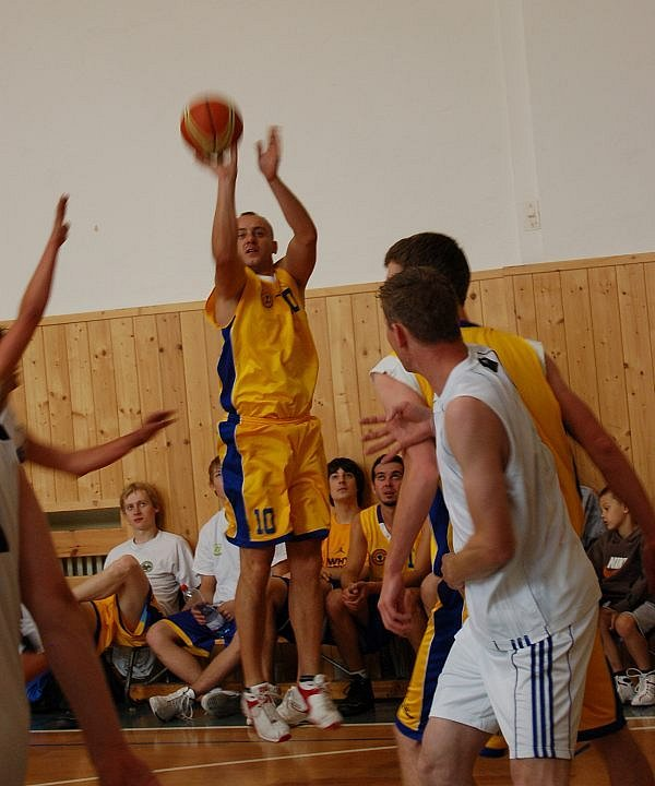 Basketbalový turnaj v Litoměřicích.