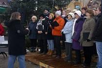 Sváteční atmosféru vytvořilo město Libochovice na svém náměstí v sobotu odpoledne.