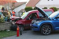 V Klapém havarovala dvě auta.