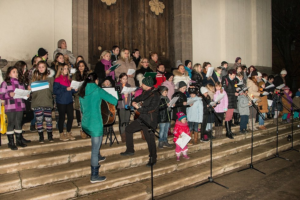 Zpívání koled v Terezíně