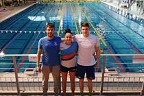 Plavci Litoměřic v Gyóru 2020. Zleva Štěpán Šetek, Adéla Chalupová, Vojtěch Netrh