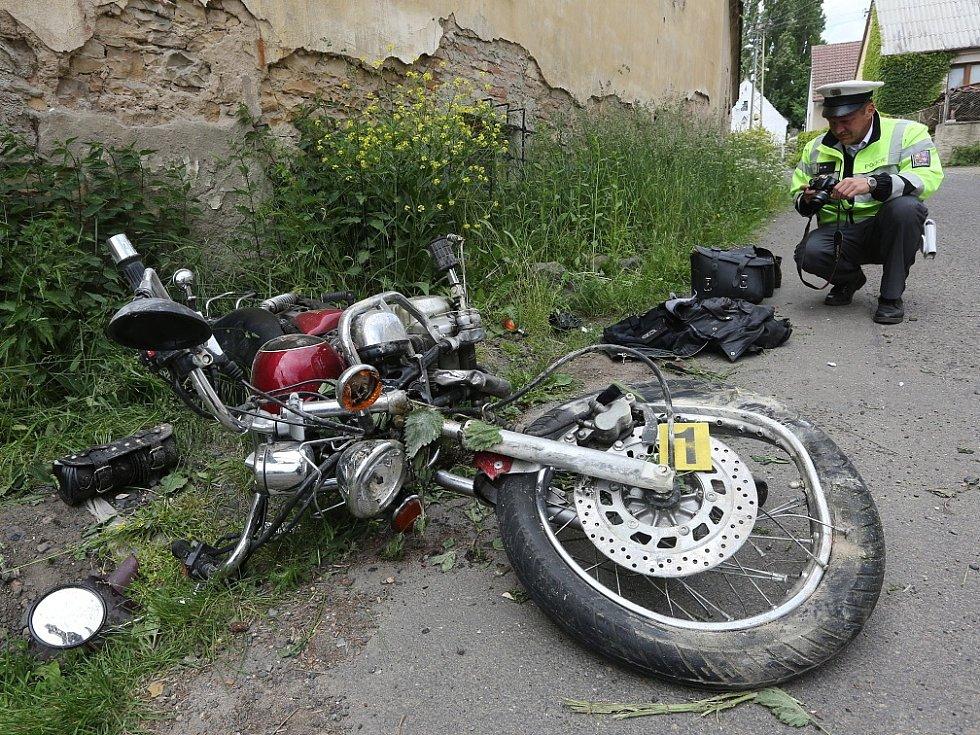 Dopravní nehoda v Řepnici.