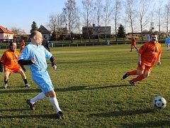 Fotbal starých gard (hráči nad 35 let).
