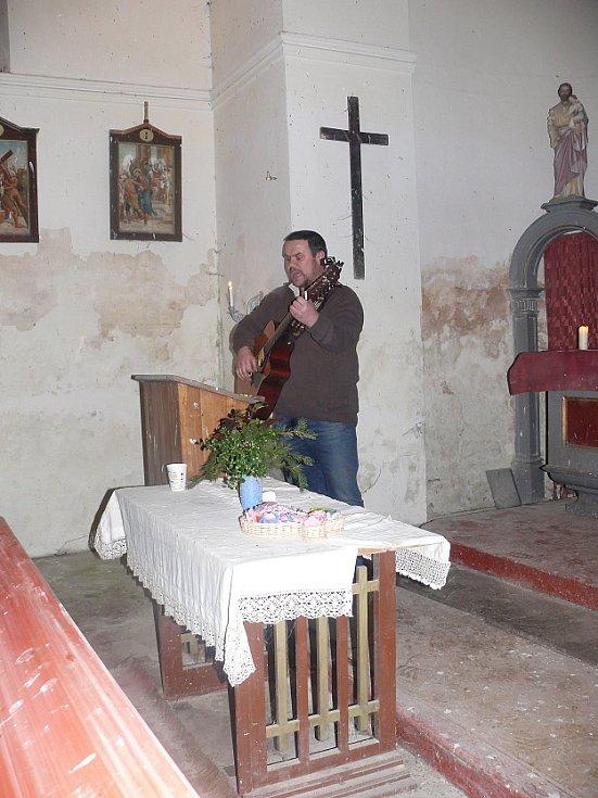 Zpívání koled ve Střížovicích