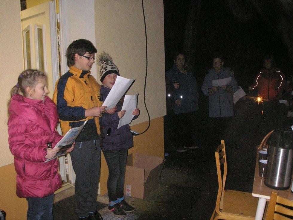 Zpívání koled ve Vetlé