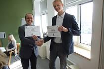 Dárcovský fond HENNLICH vyhlásil výsledky 12. grantového kola, ve kterém podpořil 20 neziskových projektů mladých lidí z Litoměřic částkou 101.000 korun.
