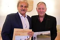 Starosta Litoměřic Ladislav Chlupáč (vlevo) a muzikant Rosťa Pechoušek