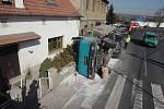 Nehoda kamionu v Polepech
