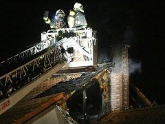 Požár rodinného domu v Klenči