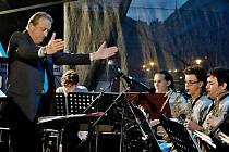 Orchestr ZUŠ Junior Band s kapelníkem Zdeňkem Růžičkou vystoupí opět na Litoměřickém vinobraní.