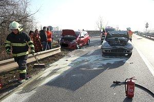 Dopravní nehoda u Hrdel