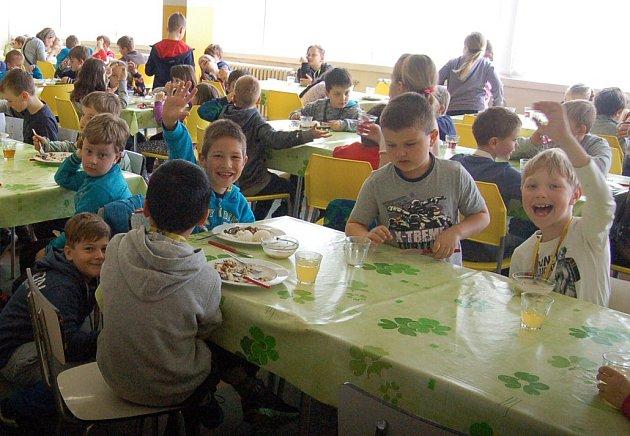 Vlovosické centrální školní jídelně měli vloni například Den thajské kuchyně.